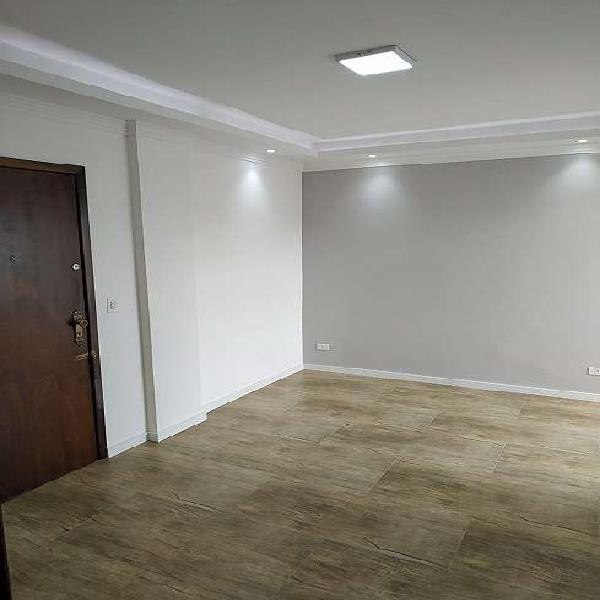 Apartamento reformado água verde, 2 quartos