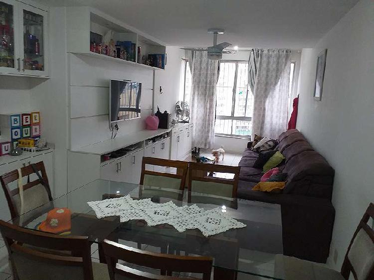 Apartamento a venda 103 m2 com 3 dormitórios e excelente