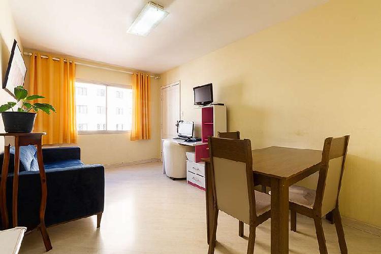 Apartamento de 60m² com 2 dormitórios e 1 escritório a