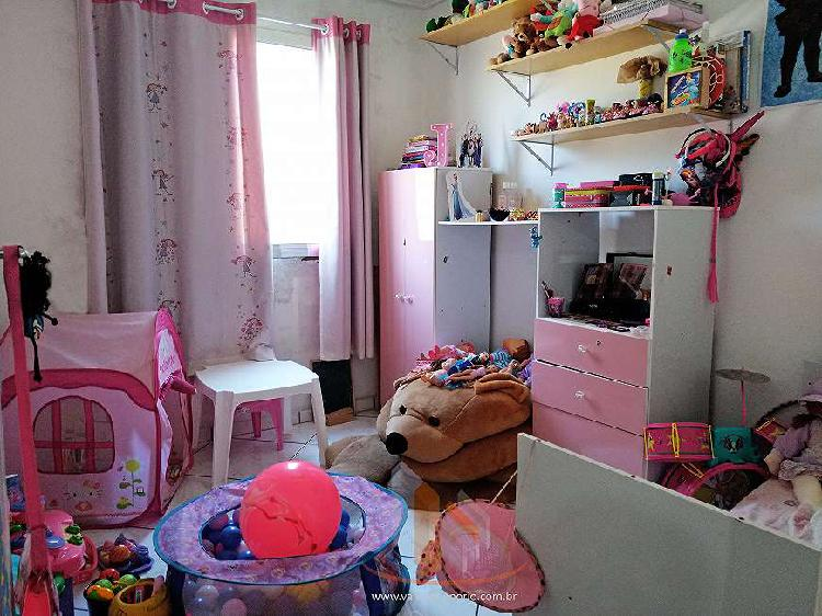 Apartamento no cj. josé bonifácio