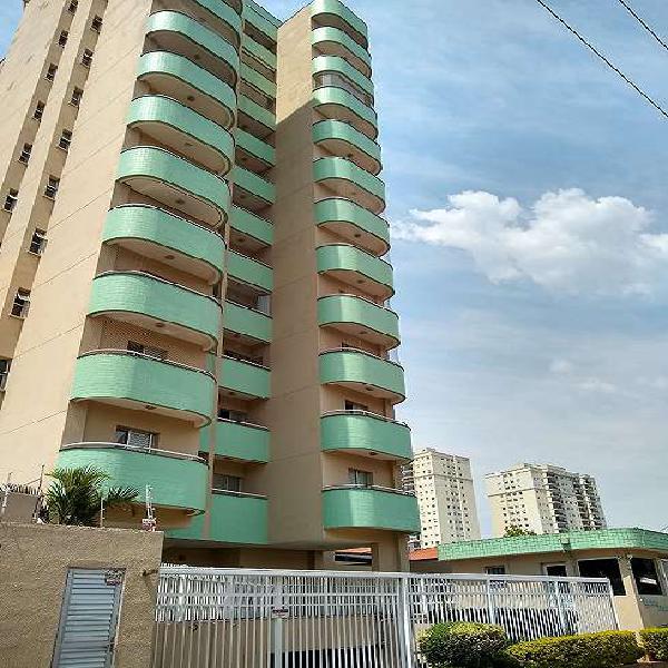 Apartamento para venda tem 92 metros quadrados com 3 quartos
