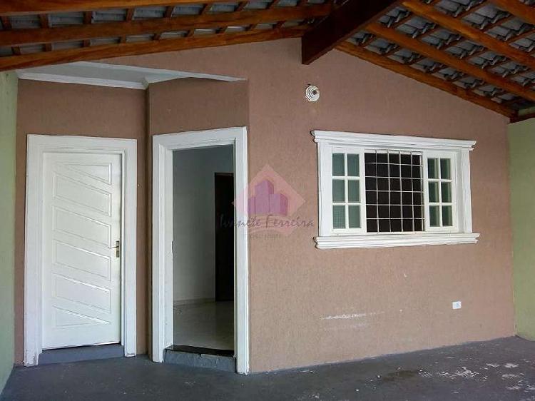 Casa jardim santa julia, 03 dorms, suíte, garagem coberta