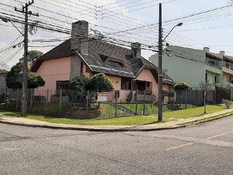 Casa para venda com 202 metros quadrados com 4 quartos em