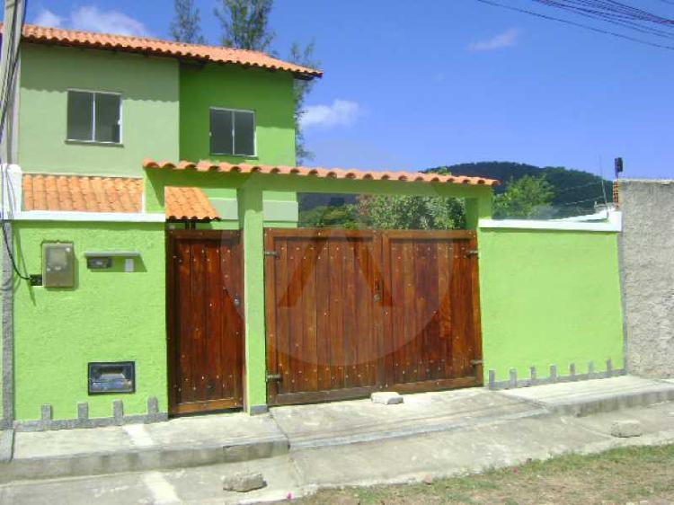 Imobiliária agatê imóveis vende casa padrão em itaipu -