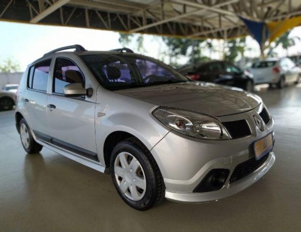 Renault sandero expression hi-flex 1.6 8v 5p flex - gasolina