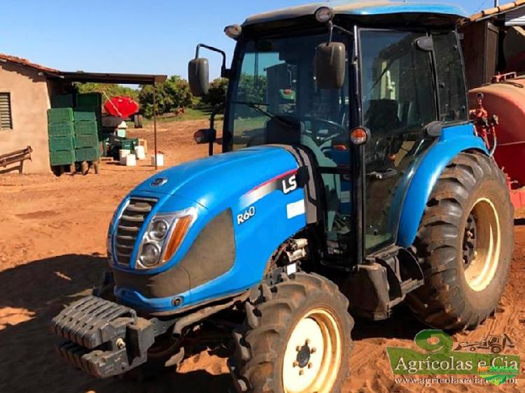 Trator ls tractor r60 4x4 ano 17