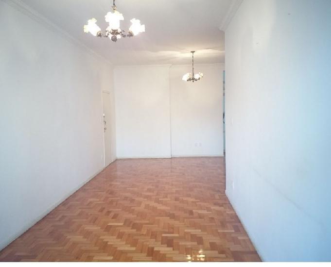 Aluga centro apartamento reformado 170m² 03 quartos