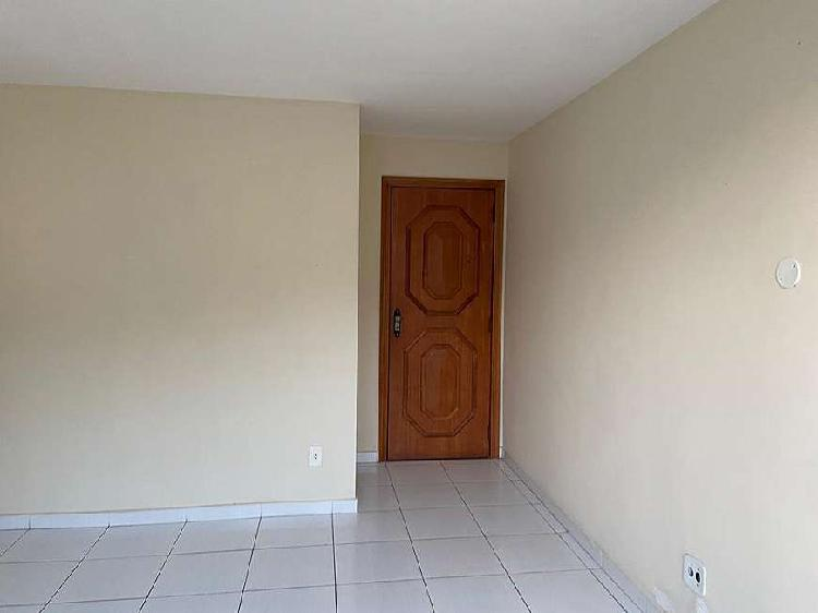 Apartamento para venda possui 82 metros quadrados com 2