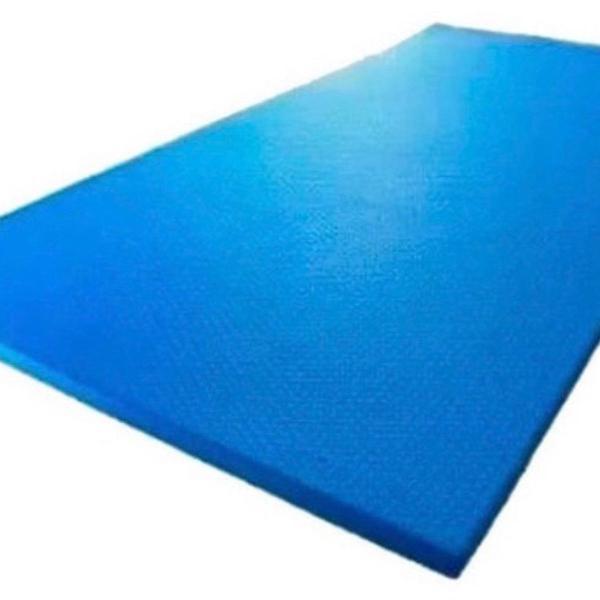 Colchonete/ tapete azul para yoga e exercicios fisicos