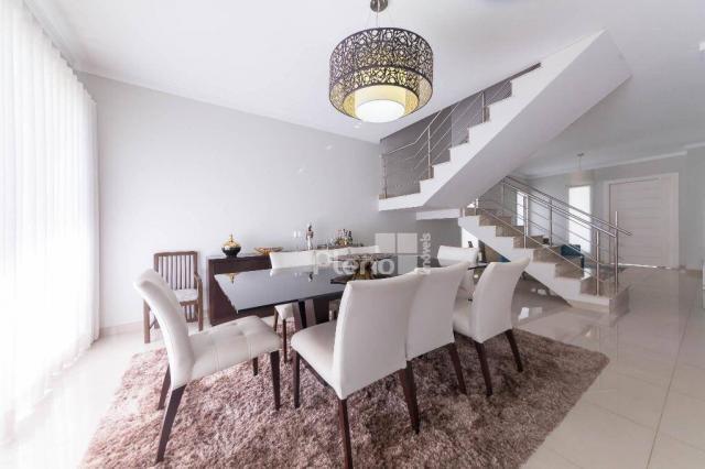 Casa com 4 dormitórios à venda, 261 m² por r$