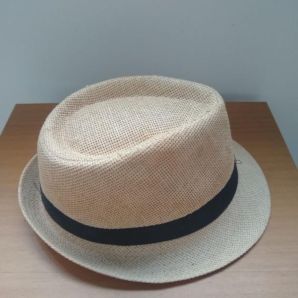 Chapéu estilo panamá