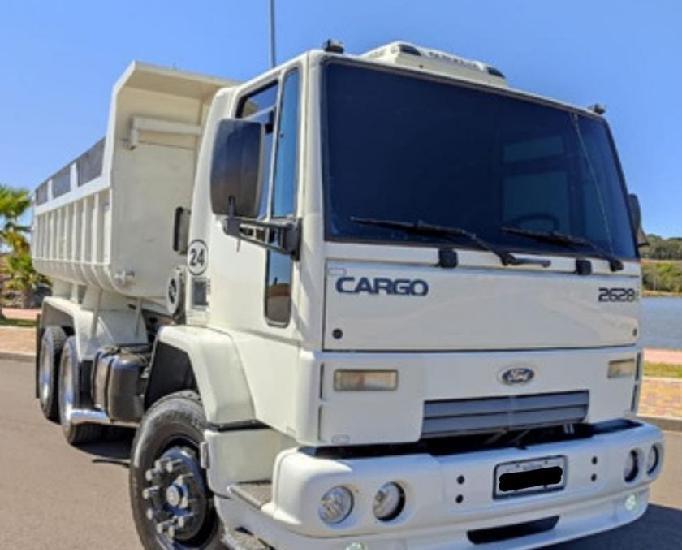 Ford cargo 2628 (assumir parcelas) 2010