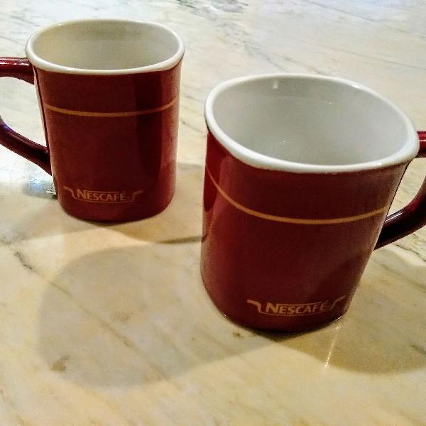 Kit 2 canecas nescafé porcelana coleção raras