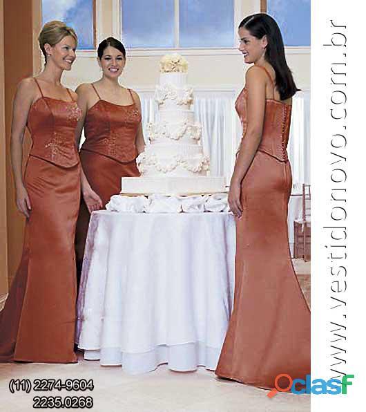 Vestido marrom café com leite, madrinha de casamento