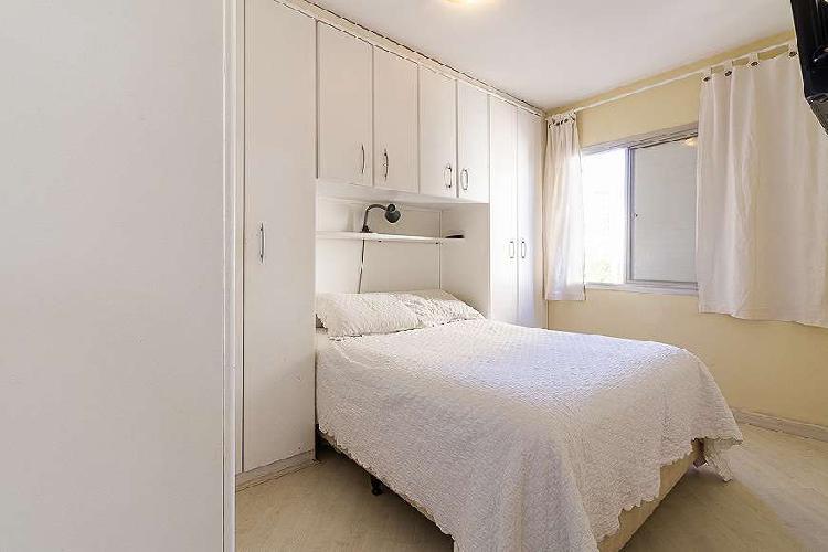 Apartamento de 3 dormitórios e 1 suíte isolada na saúde