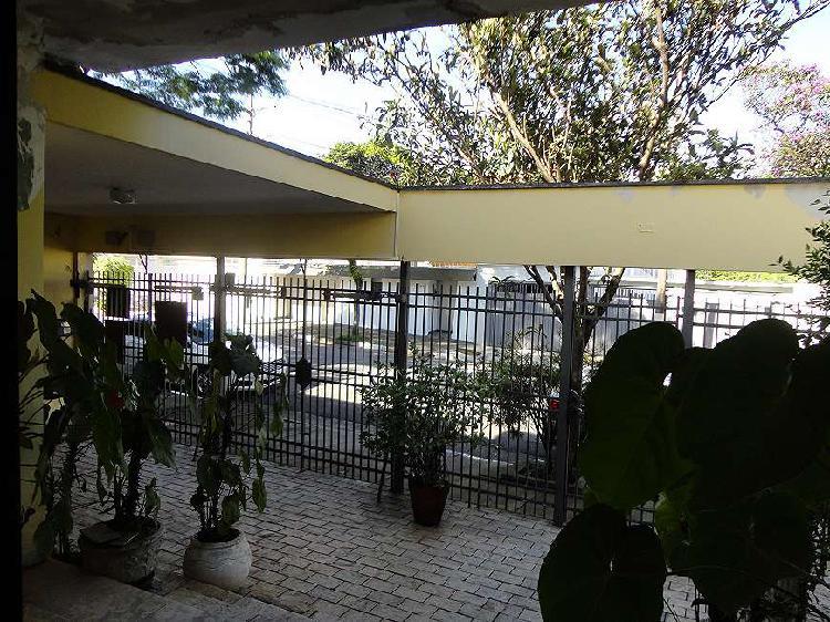 Casa á venda -280 m², terreno 10x30, 3 quartos, 3 vagas -