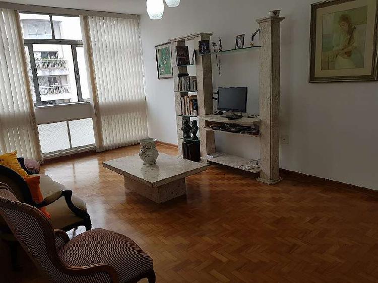 Maravihoso apartamento. moderno. todo reformado. ótima