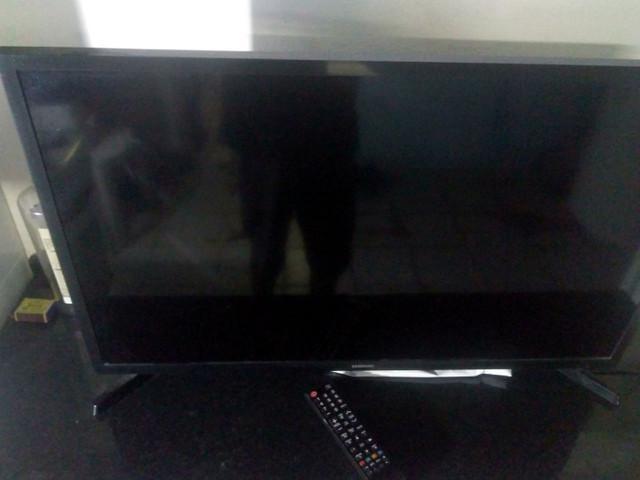 Vendo tv samsung smart
