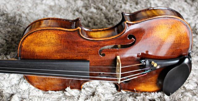 Violino artesanal 4/4 cópia stradivari 1715