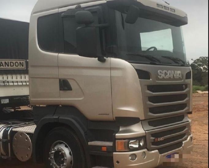 Scania r440 ano 2014 2014 6x2 automático