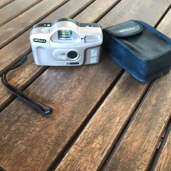 Câmera fotográfica de filme antiga