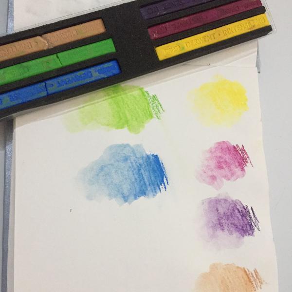 Giz aquarelável derwent 8 cores