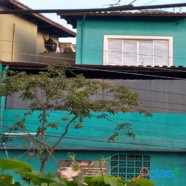 Lindo sobrado a venda no bairro Condomínio Maracanã em Santo André