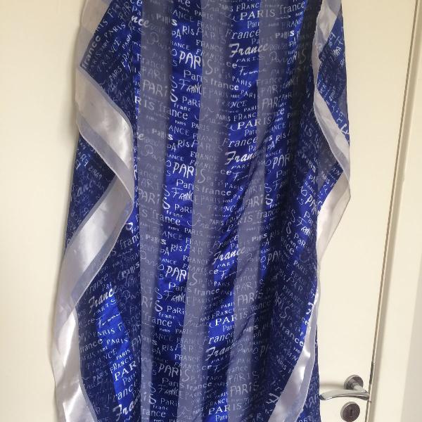 Lenço de cetim azul e branco