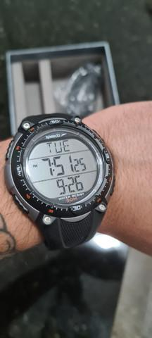 Relógio speedo + monitor cardíaco