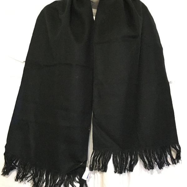Cachecol em tecido de lã - preto