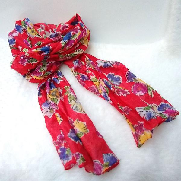 Echarpe lenço vermelho floral