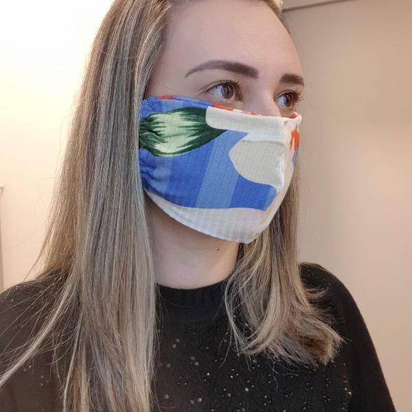 máscara de proteção estampa floral baiano farm