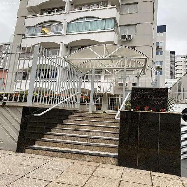 Apartamento mobiliado para venda em florianópolis, centro,