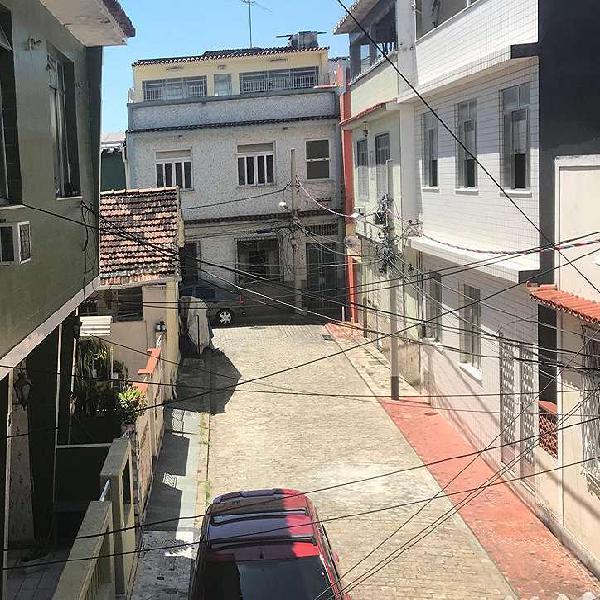 Apartamento em vila residencial fechada com 90m².