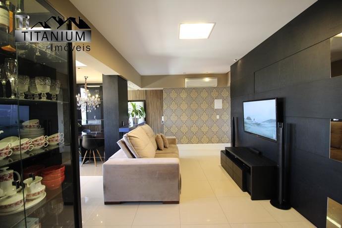 Apartamento semi mobiliado, com 2 dormitórios 1 suíte