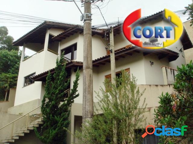 Excelente casa à venda no arujá country clube!!!