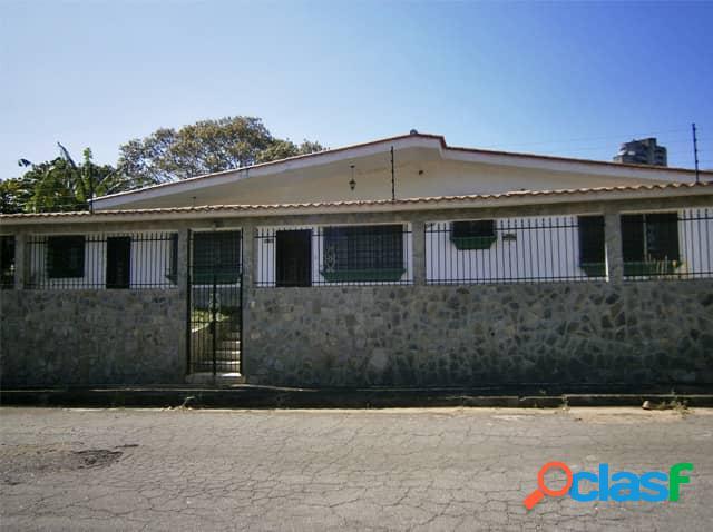 Casa en venta en lomas del este valencia 520 metros