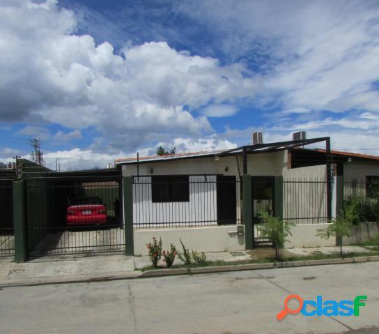 Casa en ciudad alianza, calle cerrada, 200 mts2