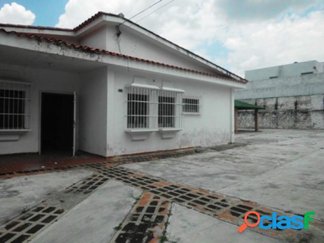 Venta casa uso comercial urbanización carabobo 1120 m2