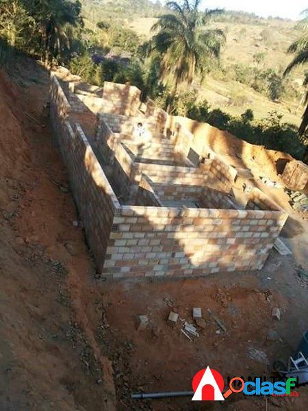 Sítio de 6 mil m2 com casa em construção 3