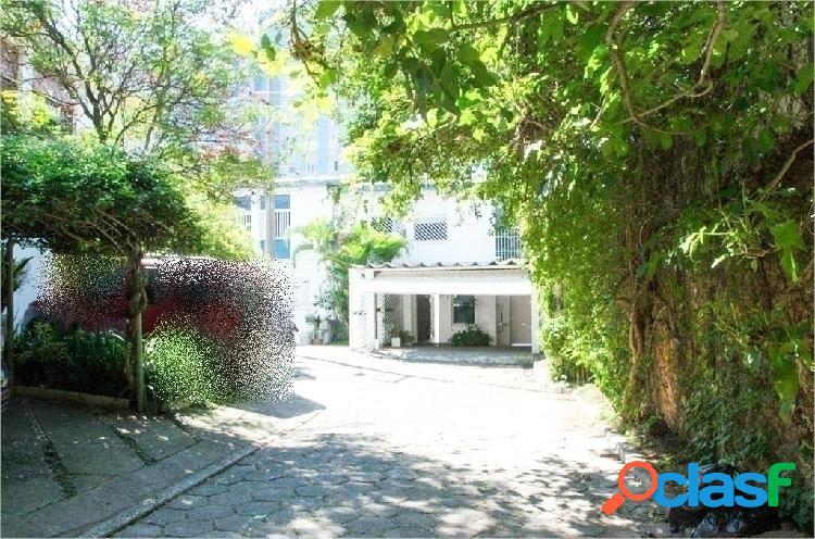 Casa em vila charmosa de pinheiros com 3 quartos à venda