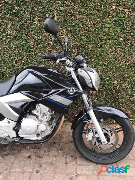 Yamaha fazer 250 preto 2014 250 gasolina