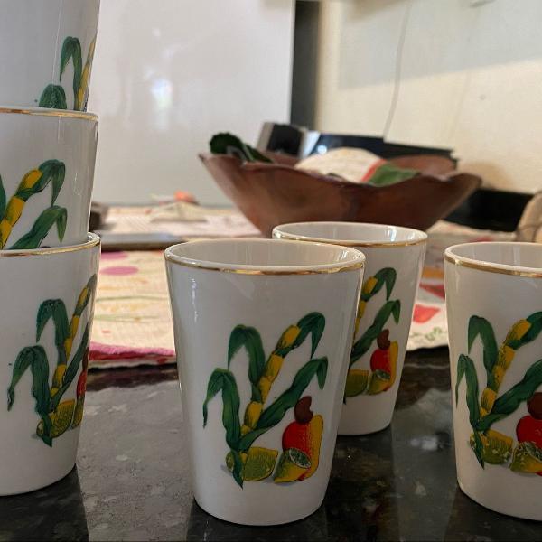 6 copos de porcelana
