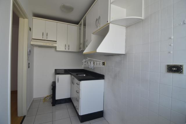 Apartamento para alugar com 2 dormitórios em água verde,