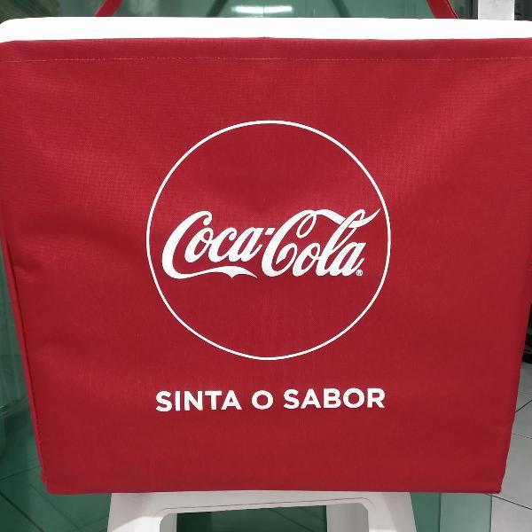 Caixa de isopor coca-cola
