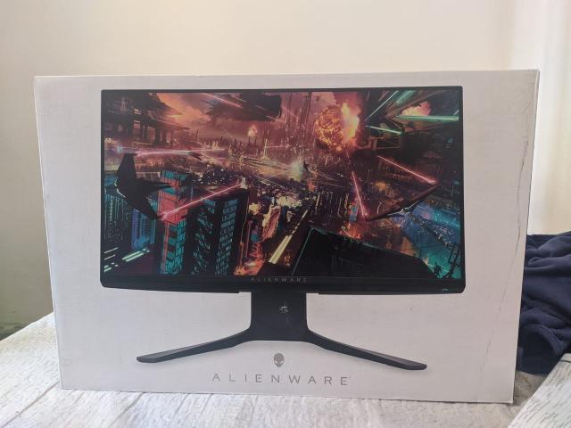 Monitor gamer alienware 24,5/