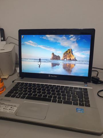 Notebook i3 com 6 de ram e 500gigas funciona tudo r$ 1200,00