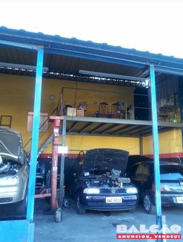 Oficina mecânica toda montada com ponto estruturado e