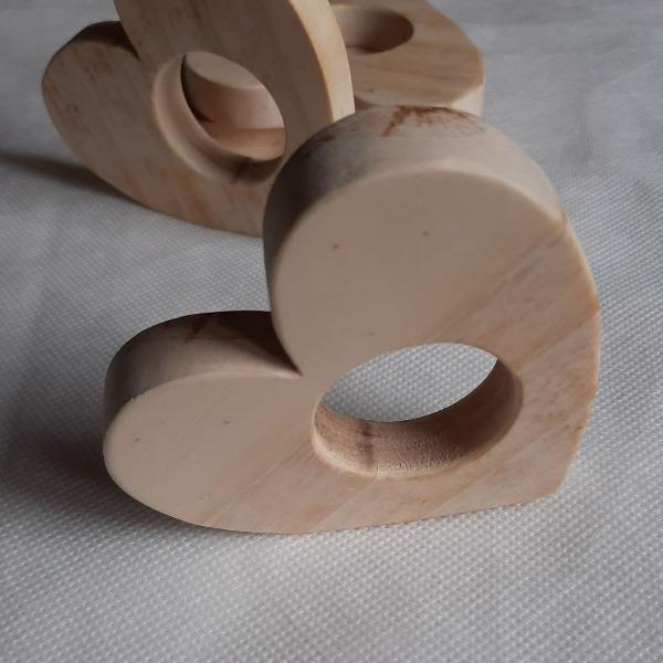 Porta guardanapo em madeira coração