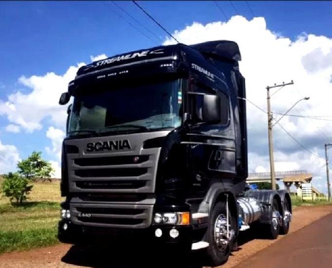Scania r 440 6x4 streamline teto alto ano e modelo 16